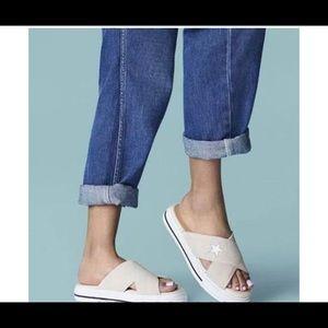 Converse Slides Size 8